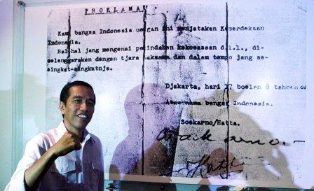 Calon-presiden-PDI-Perjuangan-Joko-Widodo-di-Museum-Perumusan-Naskah-Proklamasi-Jakarta.-Dwi-Prasetyo_JIBI_Bisnis
