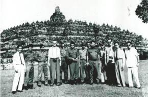 Mungkinkah Kunjungan Che ke Indonesia Memicu KejatuhanSukarno?