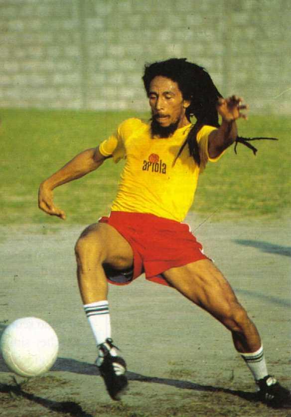 Bob Marley sang pemain sepak bola. [110nationsports.com]